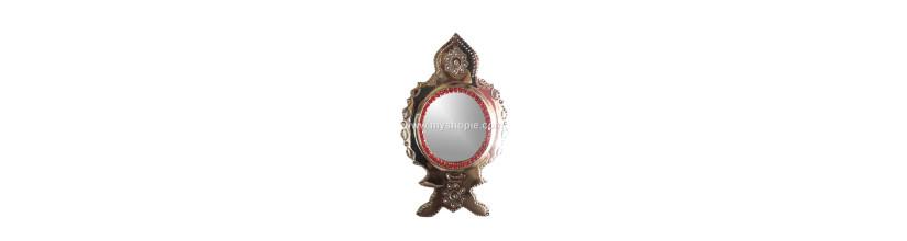 Myshopie.com   Aranmula Kannadi   Traditional Stand